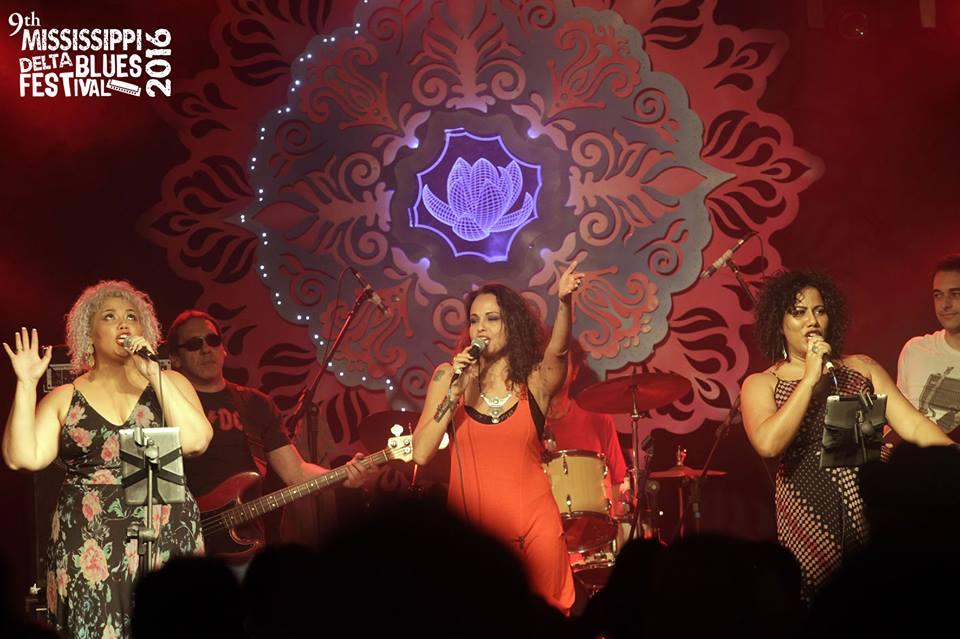 Foto de Daniela Xu: A's 3 – As cantoras cariocas Alma Thomas, Barbara Mendes e Indiana Nomma