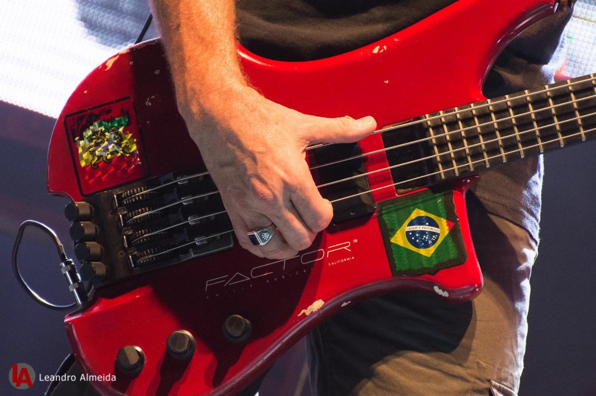 Baixo Factor de Bi Ribeiro, dono do groove mais marcante do rock brasileiro