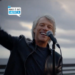 Jon Bon Jovi toca Here Comes the Sun na posse de Biden – Confira!